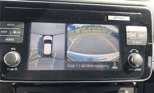Nissan Leaf around view monitor for parking