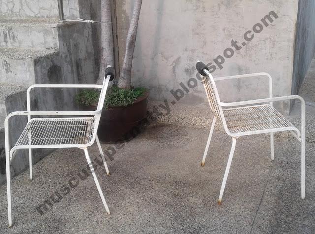 chaises solides pour faire des dips triceps