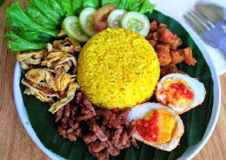 how to make nasi kuning indonesia