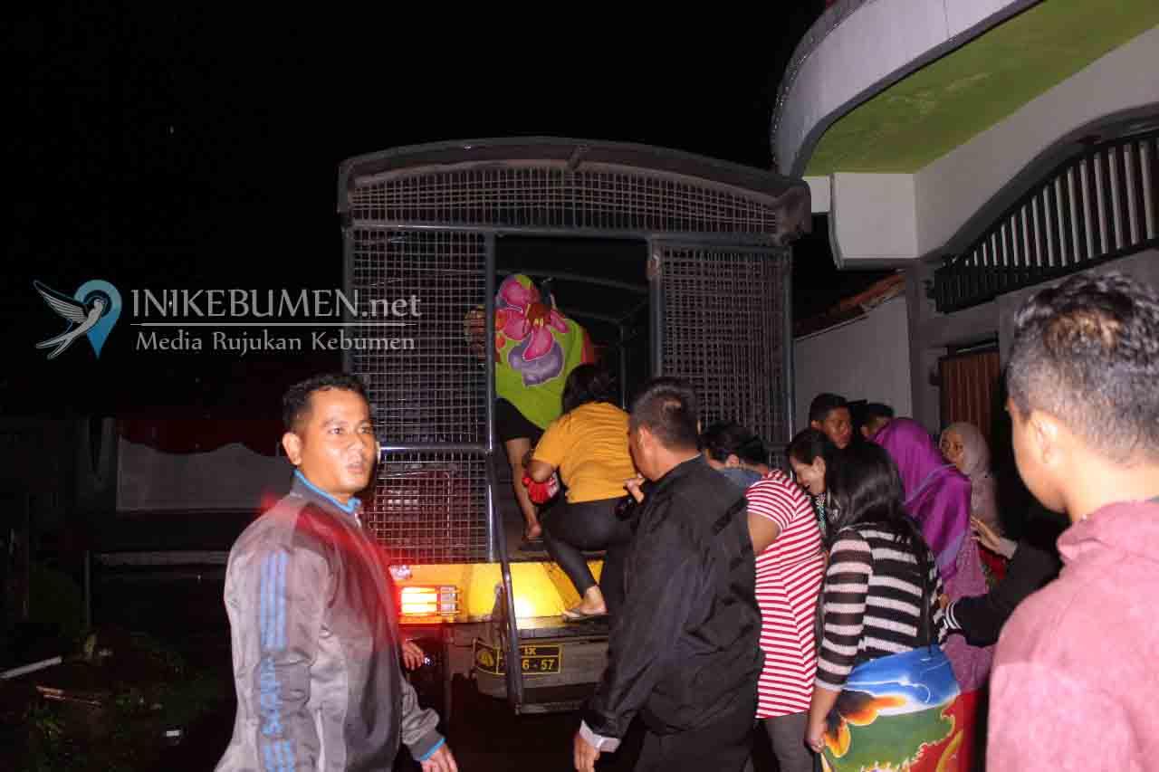Terciduk Petugas, 12 WPS dan Tiga Mucikari Diamankan dari Sarke Kebumen