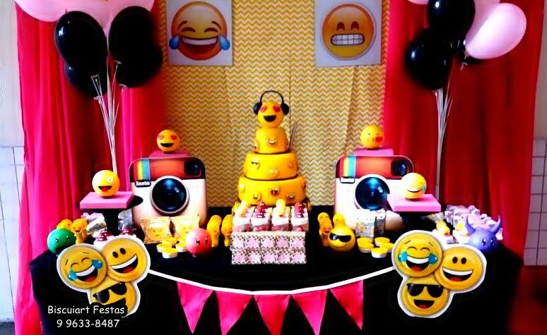Biscuiart Festas festa emojis, decoraç u00e3o emojis, festa emojis, mimos emojis -> Decoração De Emoji Para Festa