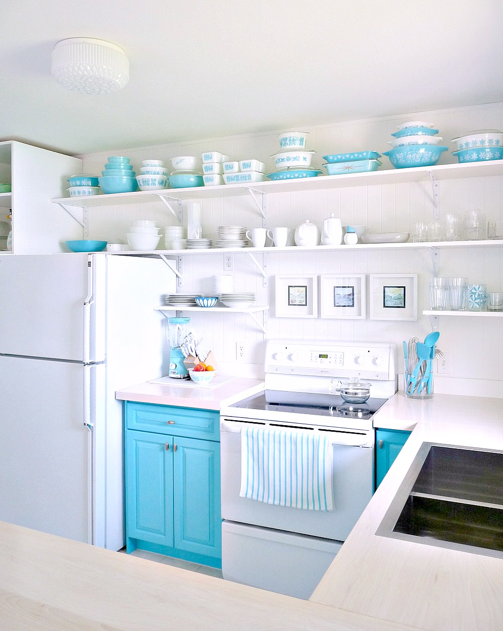 A Budget-Friendly Turquoise Kitchen Makeover | Dans le Lakehouse on small kitchen countertop decorating ideas, vintage small kitchen ideas, ikea kitchen ideas, model kitchen ideas, extremely small kitchen ideas, two tone kitchen cabinet color ideas, 2014 kitchen ideas, fun kitchen ideas, lowe's kitchen ideas, eat in kitchen ideas, cool kitchen ideas, top new kitchen ideas, kitchen design ideas, french kitchen ideas, great kitchen ideas, kitchen wall ideas, beige kitchen ideas, 1940s kitchen ideas, do it yourself kitchen ideas, very small kitchen ideas,