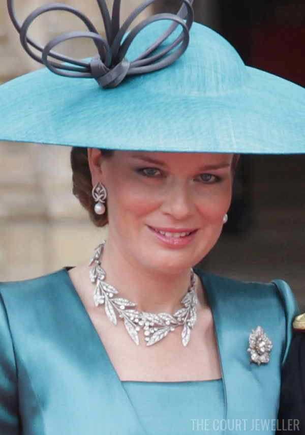 29 Apr 2011: The Duchess of Brabant wears the Laurel Wreath Necklace at Westminster Abbey