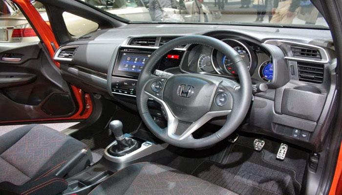 Fitur Honda Brio Rs
