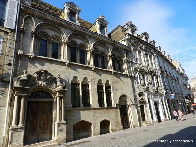 Rue de Forges, Dijon, Borgoña, Francia