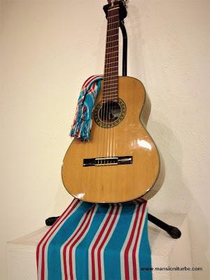 Guitar of  Paracho, Michoacán