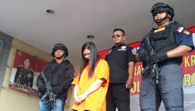 Bobol Bank Hingga Rp. 1,8 Miliar Lewat Game Online, Perempuan Ini Ditangkap Polisi