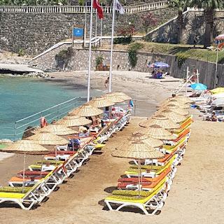 kusadasi-guvercinada-uygulama-oteli-plaj kuşadası turizm otelcilik uygulama oteli kuşadası güvercinada uygulama oteli