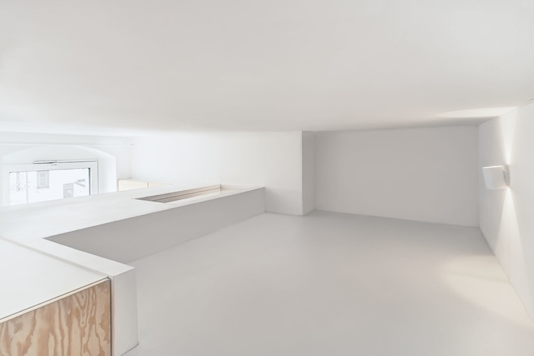07-Spamroom-21sqm-Micro-Apartment-in-Moabit-Berlin-www-designstack-co