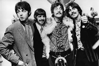 Music : The Beatles - While my guitar gently weeps