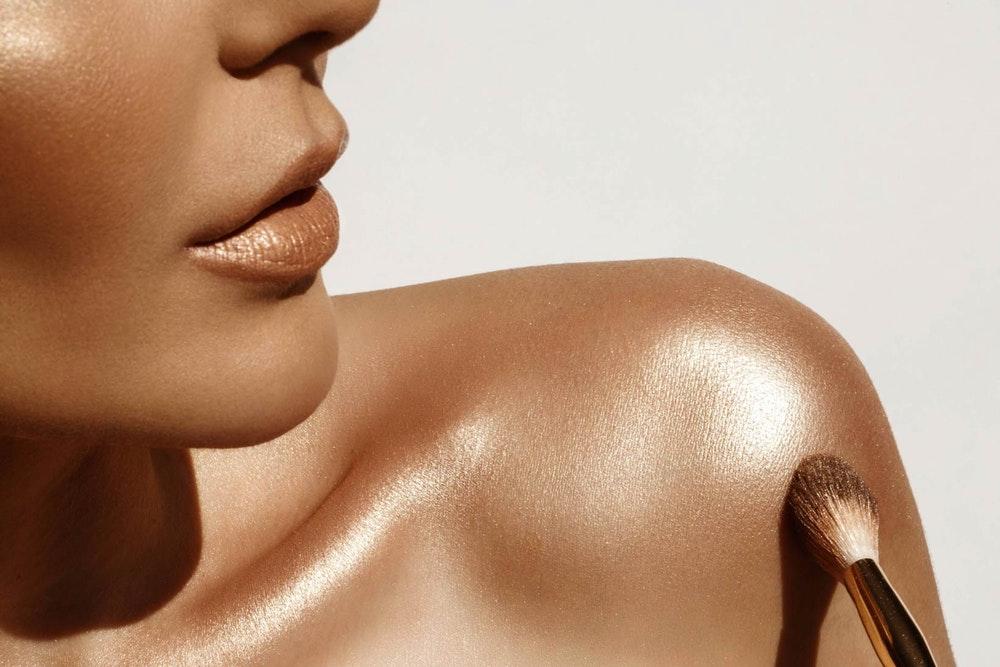 99ff3a4efbd0 El Body Lava de Rihanna - High on Fashion