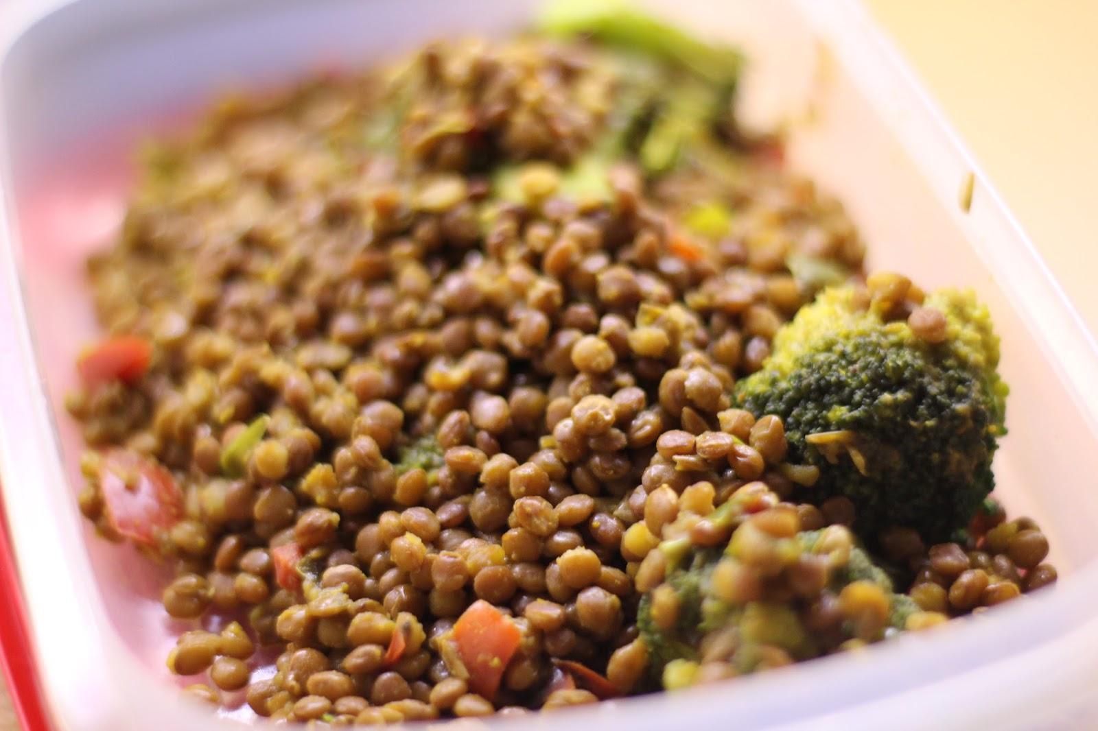 Lentejas con br coli al curry viviendo anal gicamente for Cocinar lentejas de bote