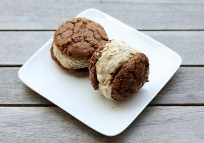 https://firstlookthencook.com/2013/06/30/chocolate-cinnamon-and-coffee-ice-cream-sandwiches/