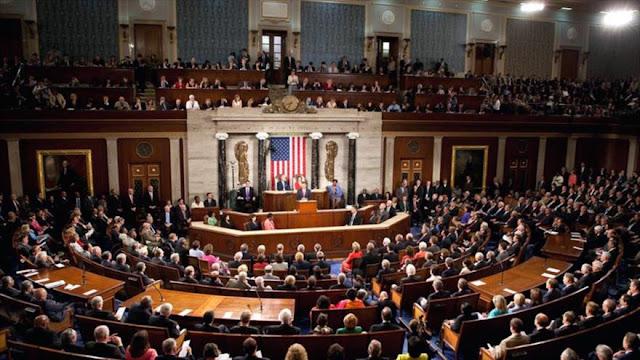 Senadores conminan a Trump a no matar el acuerdo nuclear con Irán