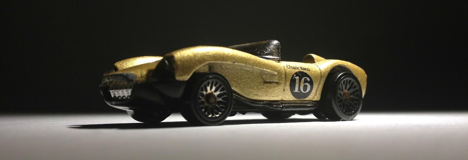 Devon C S Hot Wheels Garage Hot Wheels Ferrari 1990 Gold Classic Racer