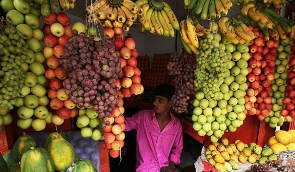 tips membeli buah di pasar tradisional