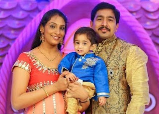 Singer Anjana Sowmya Family Husband Parents children's Marriage Photos