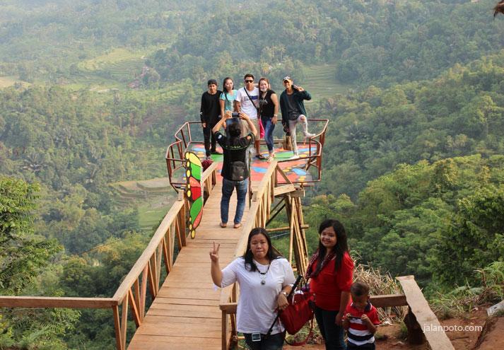 Wisata Pabangbon spot kupu kupu hits di bogor jabar