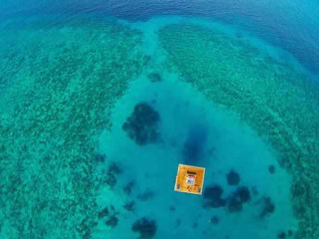 peces habitación bajo agua Hotel Flotante Zanzíbar