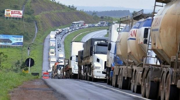 Nova greve dos caminhoneiros é cogitada após reunião sem acordo com empresários no STF