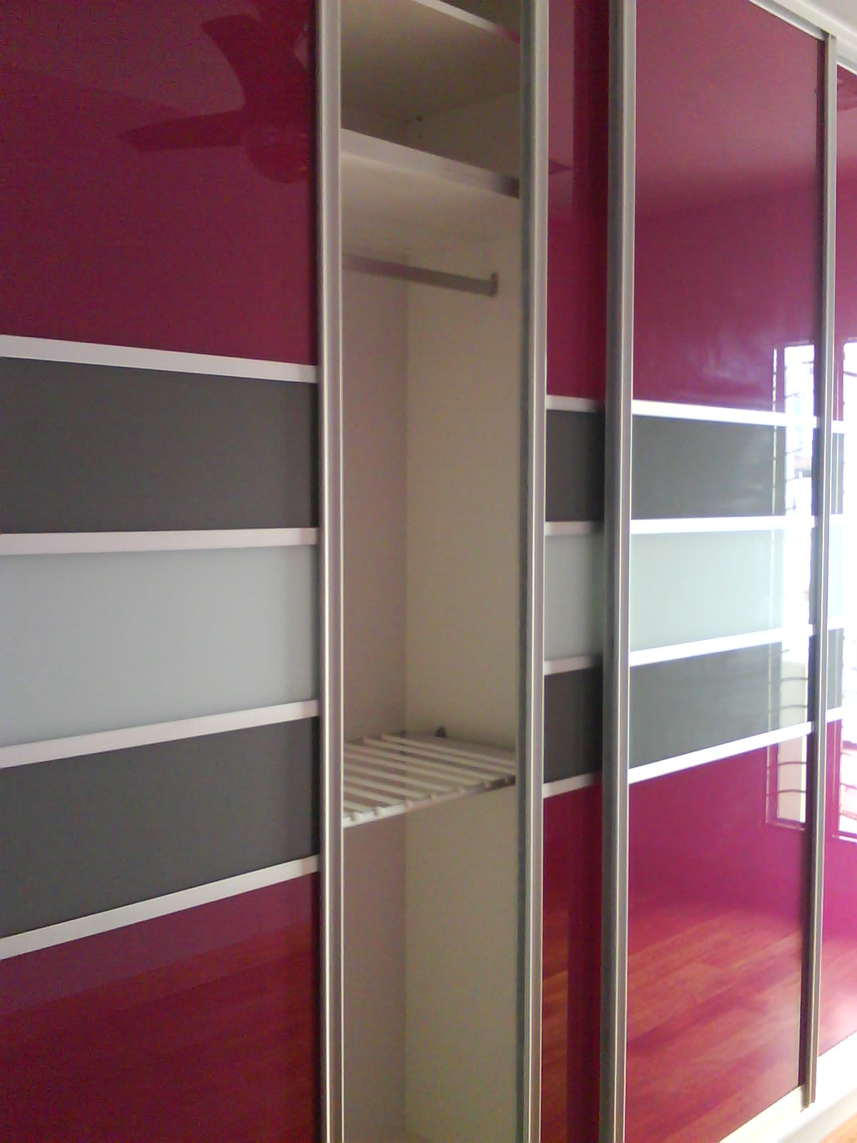 Cabinet design kuala lumpur puchong cabinet sliding door for Bedroom wardrobe designs with dressing table