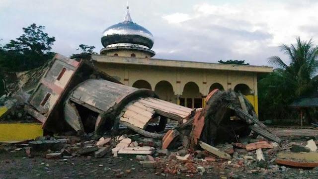 Foto-Foto Kondisi Pasca Gempa 6,4 SR di Aceh