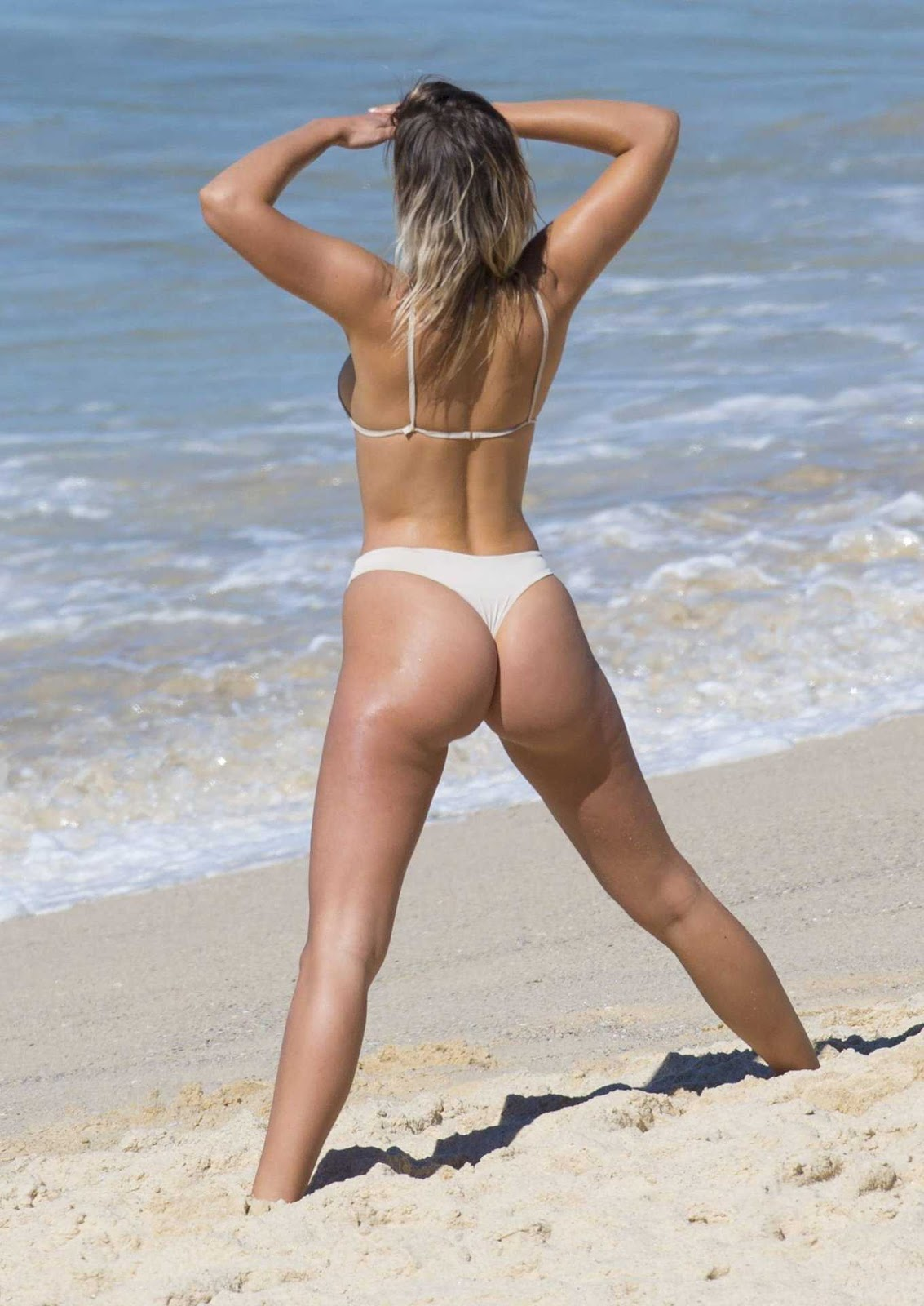 Kristina Mendonca goes topless looses her bikini Oops Moment HQ Ultimate Hot Boobs Cleavages Ass