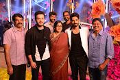 Akhil Aatadukundam Raa Stills-thumbnail-2