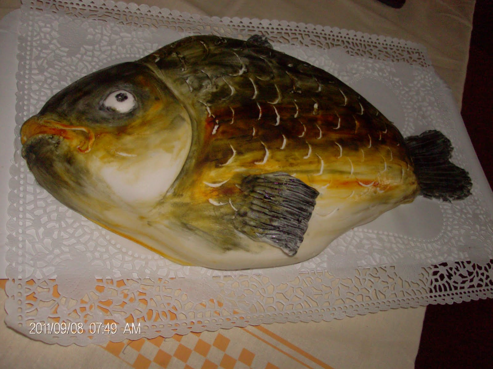 hal alakú torta képek Gigi kreatív műhely: ponty torta hal alakú torta képek