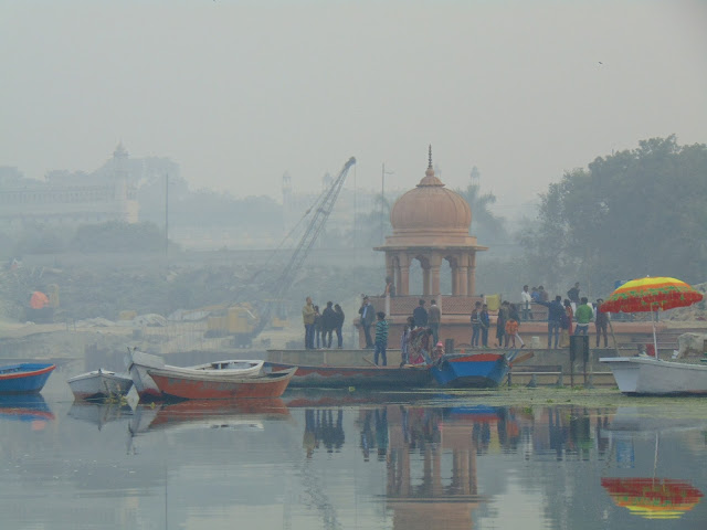 ghat in lucknow