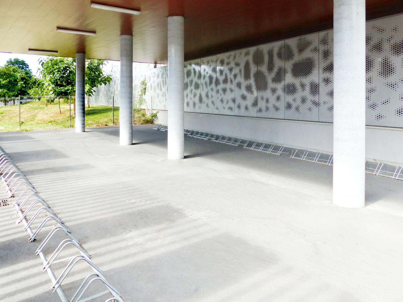 Garage à Vélos collège Marie Curie Tourcoing