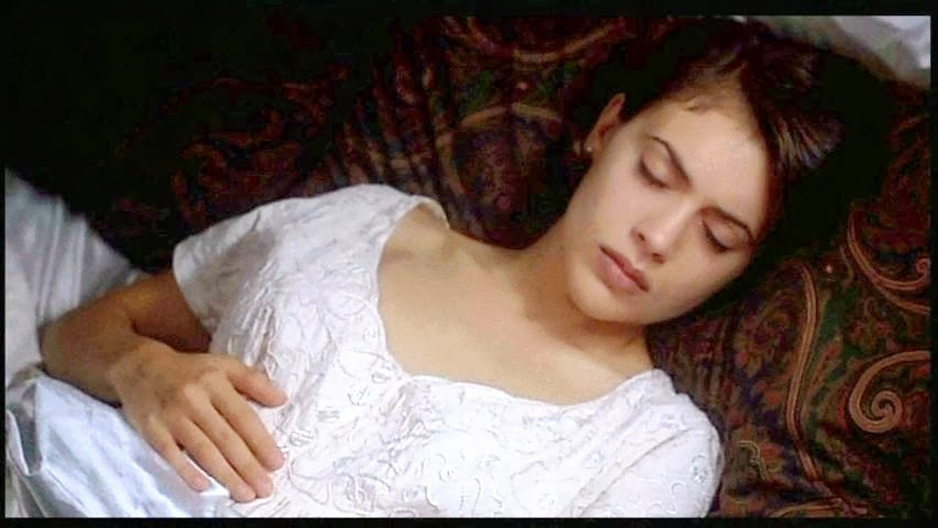 Alyssa milano embrace of the vampire - 2 2