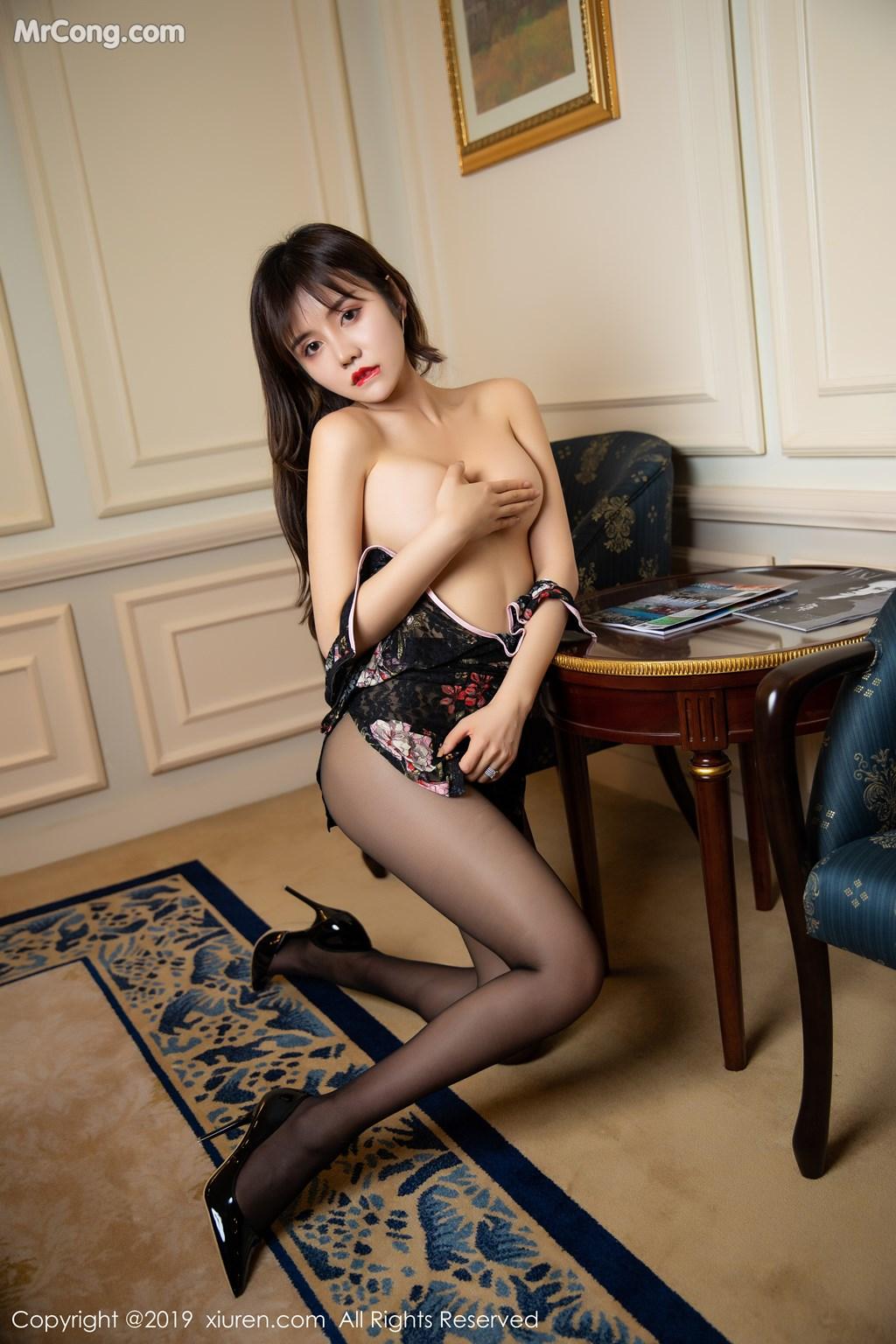 Image XIUREN-No.1677-Cris-MrCong.com-055 in post XIUREN No.1677: Cris_卓娅祺 (56 ảnh)