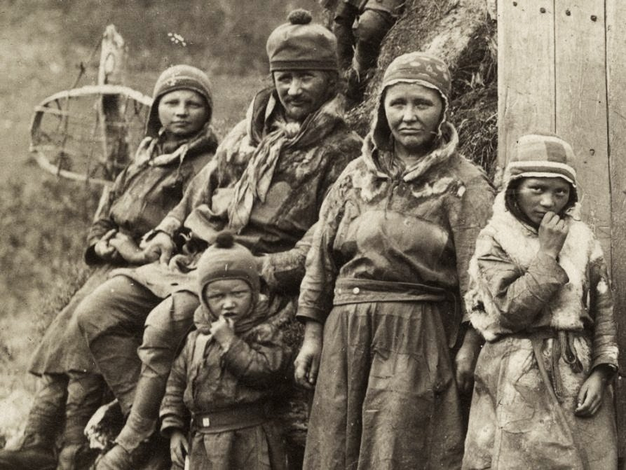 vintage everyday: 40 Rare and Interesting Photos of Indigenous ...