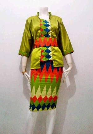 15 Model Baju Batik Rangrang Wanita Modern Terbaru 2017 Mangklingi