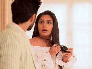 Ishqbaaz: Finally Tia's 3rd Real Sister's Entry and identity Revelation Will Take Place !!