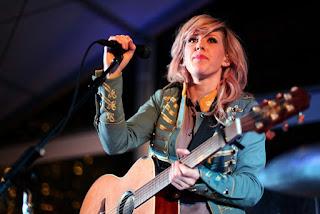 Profil dan Biografi Penyanyi Ellie Goulding
