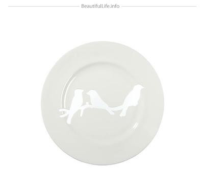 diseño de plato con pájaro.