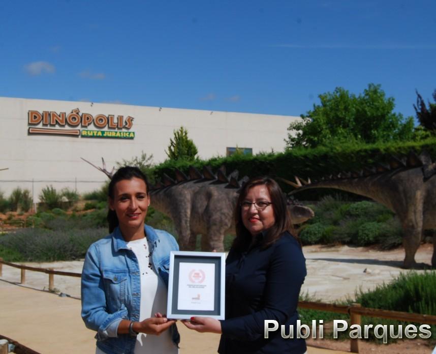 Higinia Navarro Directora-gerente de Dinópolis Premio Mejor Parque de Naturaleza. PAC AWARDS 2018