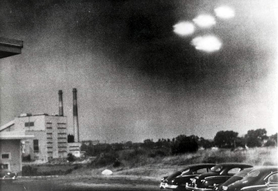 U.S. coastguard UFO Pic - Salem, Mass. 8-3-1952.