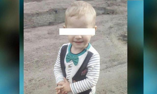 «На нем в буквальном смысле слова не было живого места!» Мать подозревают в избиении 3-летнего сына. Женщина уверяет, что ребенок упал с качелей