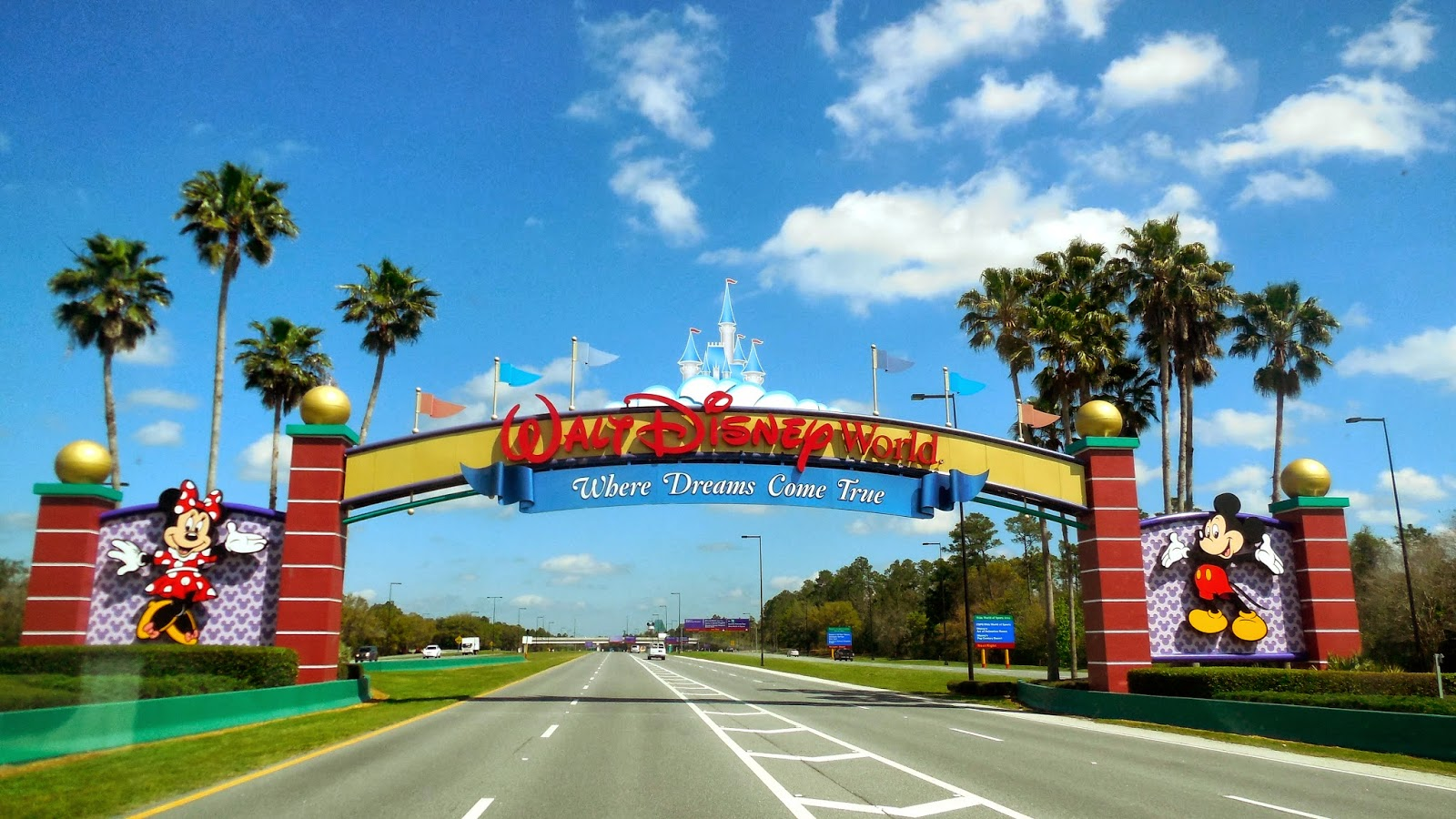 Embarking with Bear and Roger: About That Disney World (March 16 - 22)