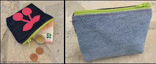 Porte monnaie en jeans avec appliqué au choix en simili cuir, fermeture éclair colorée.