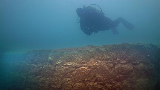 Misterioso Castelo de 3 mil anos é encontrado submerso na Turquia - Img Twiter 2