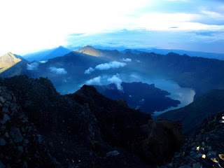 Tempat Wisata Terbaik Untuk Bagi Turis Asing di Indonesia