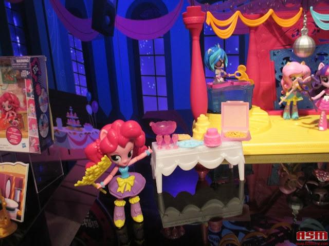 Equestria Girls Mini Toy Fair 2016 Pinkie Pie Set