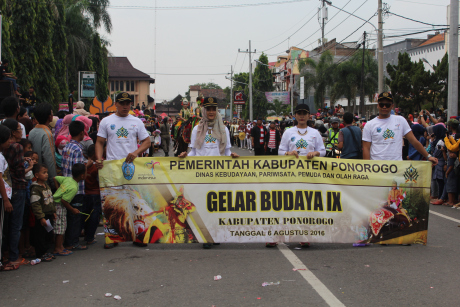Foto- Foto Meriahnya Gelar Budaya Ke IX Hari Jadi Ponorogo ke 520 Tahun 2016