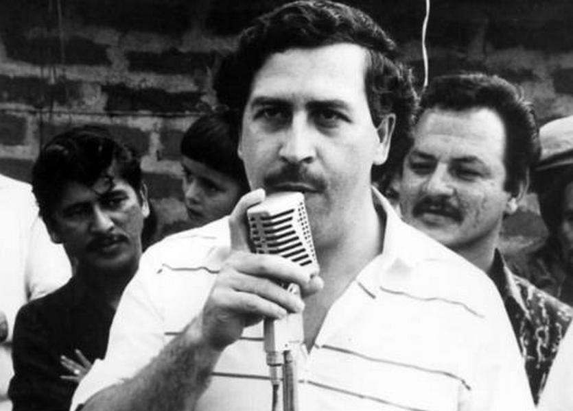"""""""Tengo más derecho a lucrar con mi padre que Netflix"""": Hijo de Pablo Escobar"""