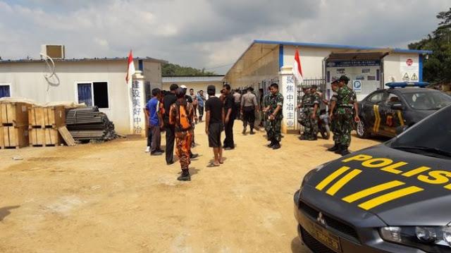 Pekerja Asing di Terowongan Tol Cisumdawu Lempar Bendera Merah Putih ke Tanah