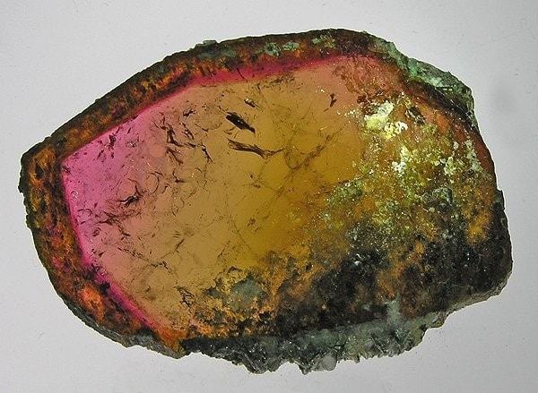 Turmalina, piedra de los colores